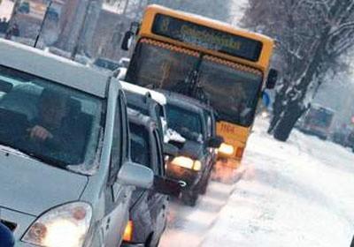 Wracają autobusy na ul. Waryńskiego.
