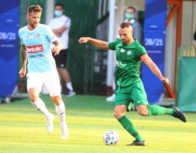 Bartosz Kieliba uporał się już z problemami zdrowotnymi. Kapitan Warty Poznań trenuje z drużyną na pełnym obciążeniu i nie może doczekać się powrotu na boisko.