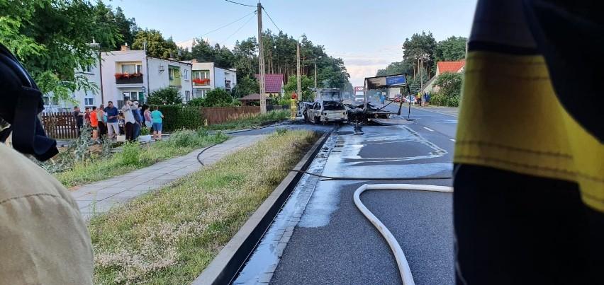 Wypadek i pożar samochodów w Brzózce (gmina Krosno...