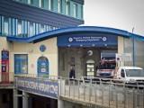 Wrocław: Martwa pacjentka wożona od szpitala do szpitala i sanitariusz pod wpływem narkotyków
