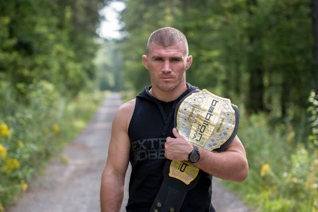 Daniel Rutkowski miał stoczyć na gali FEN rewanżowy pojedynek o dwa pasy mistrzowskie.