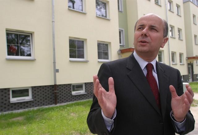 Adam Grehl. Za to, że jest zastępcą Dutkiewicza, zainkasował 233 tysiące złotych rocznie. Za radę nadzorczą EIT+ dostał 43 tysiące. W sumie 276 tys. zł.