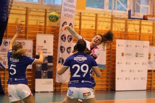 Amanda Szymborska zdobyła osiem bramek.