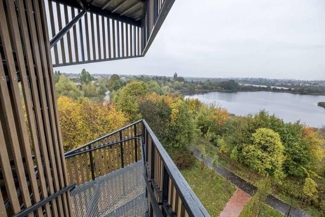 Jednym z projektów, który został zrealizowany w ramach Poznańskiego Budżetu Obywatelskiego, jest wieża widokowa na Szachtach