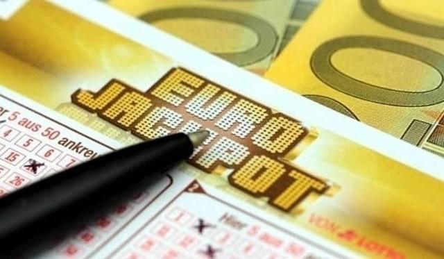 Losowania Eurojackpot odbywają się w każdy piątek miedzy godz. 20.00 a 21.00