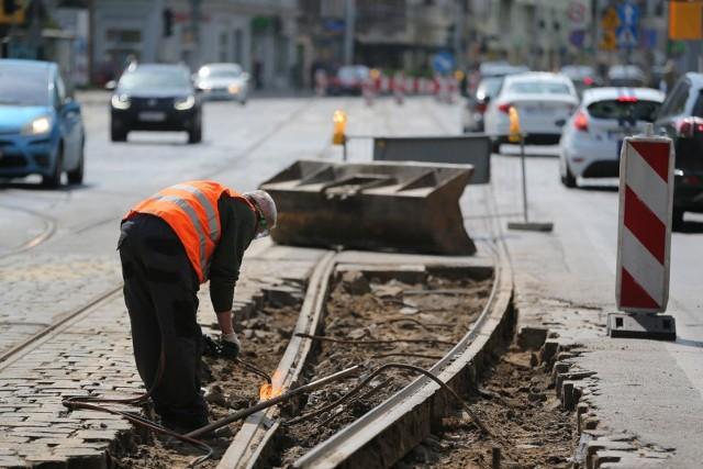 W związku z wymiana torowiska, tramwaje będą omijać ulicę Glinianą. Zdjęcie ilustracyjne.