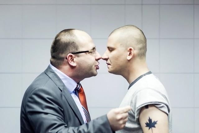 W sztuce grają Piotr Półtorak (na zdjęciu z lewej) i Mateusz Witczuk