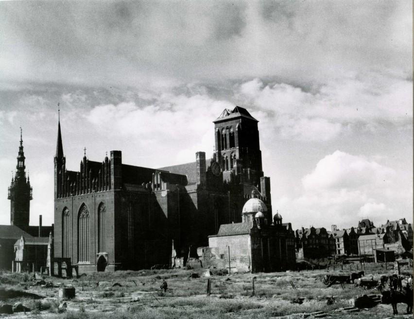 Kościół Mariacki, Kaplica Królewska i Ratusz Głównomiejski...