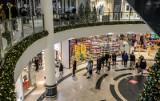 Te obostrzenia zmienią się od 1 lutego 2021! Otwarte sklepy w galeriach handlowych i muzea. Zniesione godziny dla seniorów