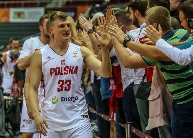 Polscy koszykarze rozegrali jedno z najlepszych spotkań w ostatnich latach i po zaciętym boju uporali się w Ergo Arenie z Chorwacją