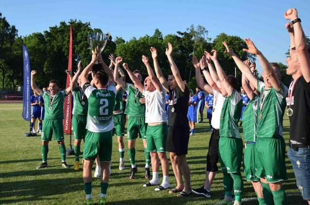 Powiśle Dzierzgoń sprawiło sensację w regionalnym Pucharze Polski i w finale w Pelplinie pokonało Bałtyk Gdynia, który w ligowej hierarchii jest o klasę wyżej