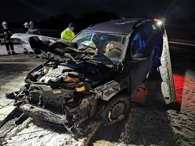 Wypadek koło Białogardu. Zderzenie dwóch aut