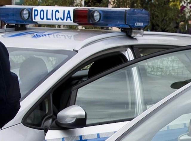 Za kierownicą siedział 16-letni mieszkaniec Sokółki. Auto, którym jechał, było kradzione.