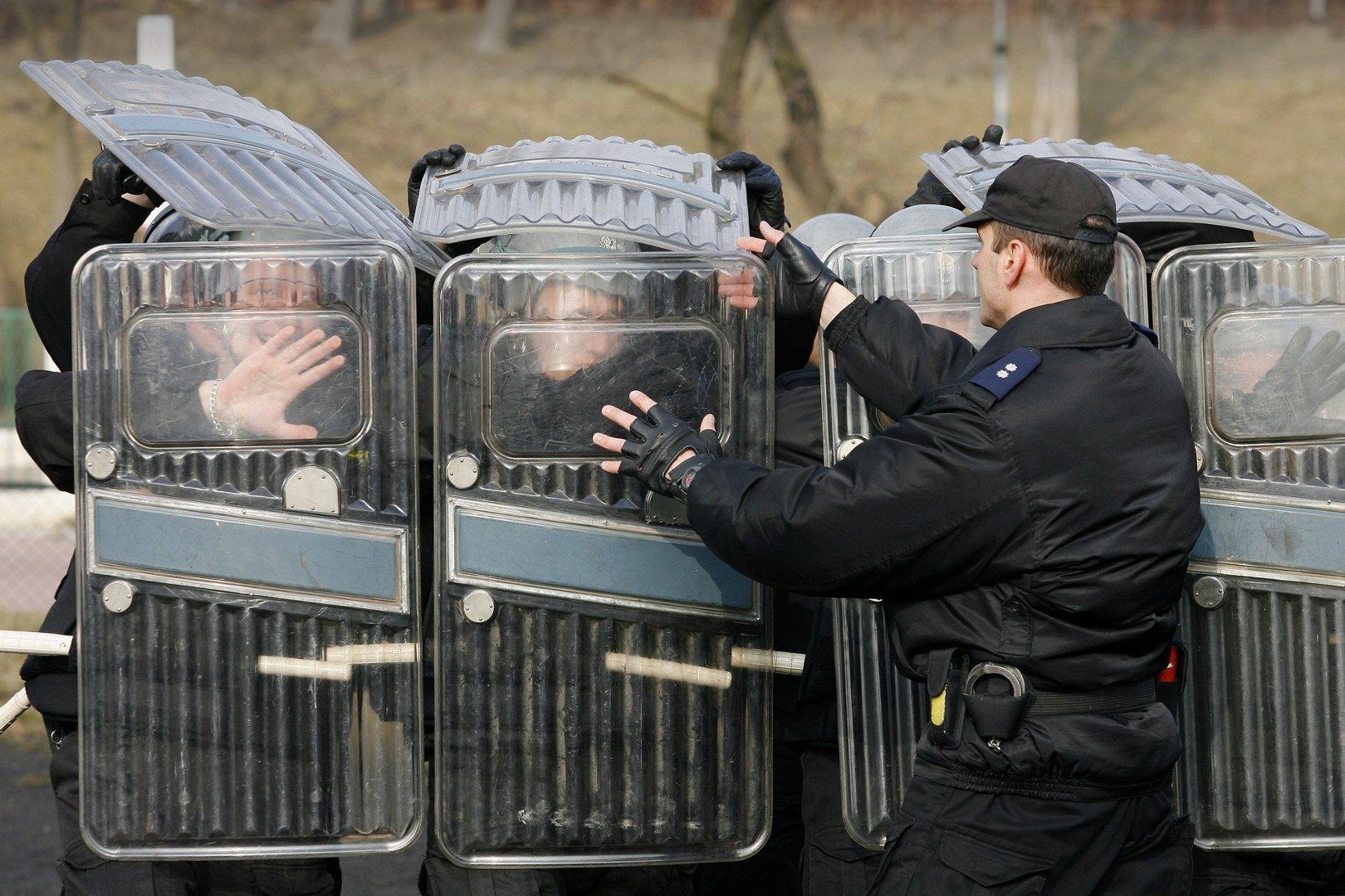 Słabeusze Chcą Pracować W Policji Mnóstwo Kandydatów Oblewa