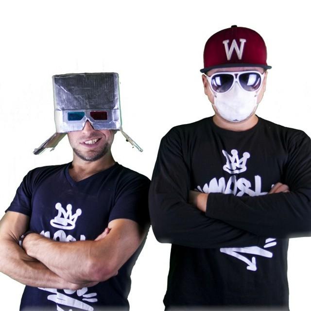 """Chwytak i DJ Wiktor wystąpią podczas pokazu mody """"Tomiczówka Fashion Night"""" w Mieronicach już w tę sobotę."""