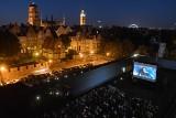Kino z widokiem na Gdańsk. Wakacyjny repertuar seansów na dachu Teatru Szekspirowskiego
