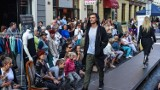 Rewia mody na ulicy Długiej