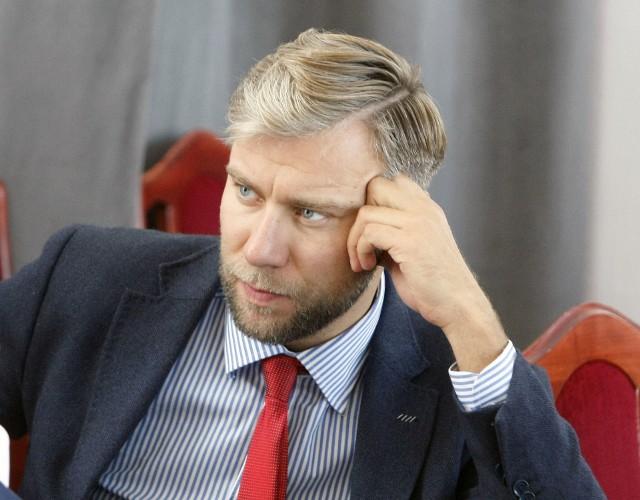 Radny Bartosz Domaszewicz: -Rośnie subwencyjna dziura budżetowa