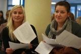 Matura 2009. Uczniowie kują na WSAP. (wideo)