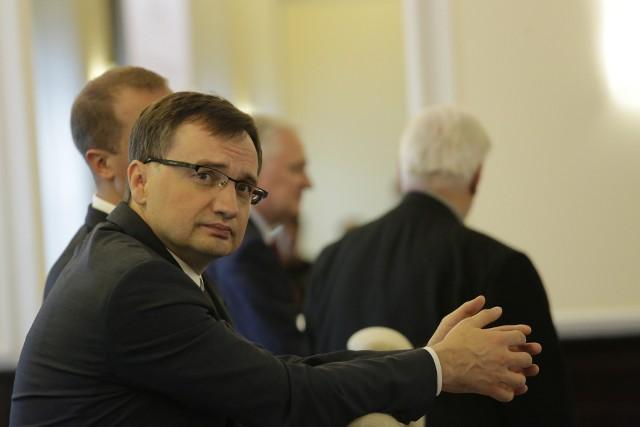 Zbigniew Ziobro, minister sprawiedliwości odwołał ze stanowiska Rogera Michalczyka, wiceprezesa Sądu Okręgowego w Bydgoszczy.