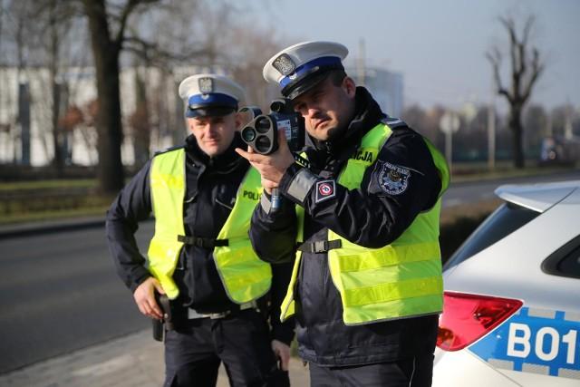 Łódzkie, śląskie i kujawsko-pomorskie- w tych województwach odnotowano największe wzrosty w 2020 roku, jeśli chodzi o liczbę zatrzymanych praw jazdy.