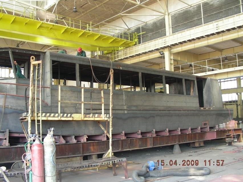 W stoczni w Płocku trwa budowa łodzi dla Koszalina.