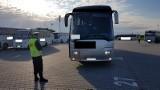 Do fabryki pod Wrocławiem wozili pracowników niesprawnymi autobusami