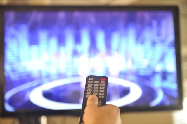 Zaznaczamy, że abonament RTV nadal jest obowiązkowy. Każdy posiadacz odbiornika radiowo-telewizyjnego jest zobowiązany płacić miesięczną opłatę.