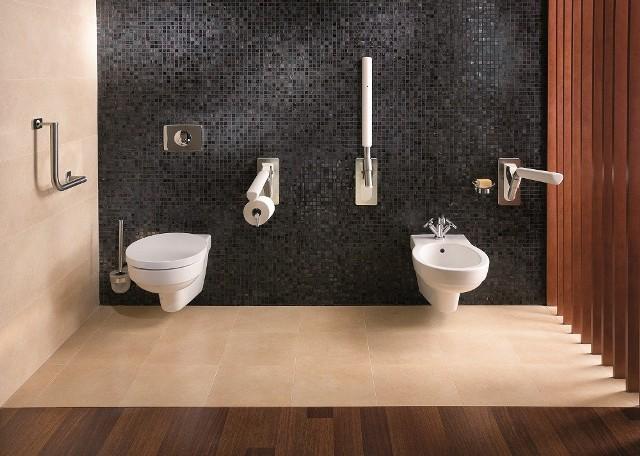 Toaleta osoby niepełnosprawnejNiestety nie zawsze mamy do dyspozycji tyle przestrzeni, by zaprojektować tak funkcjonalną łazienkę dla osoby niepełnosprawnej.