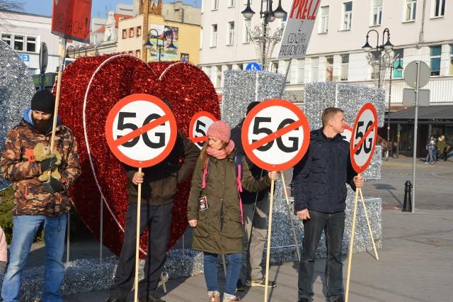 W Opolu odbył się w sobotę (25.01.2020) protest przeciwko technologii 5G.