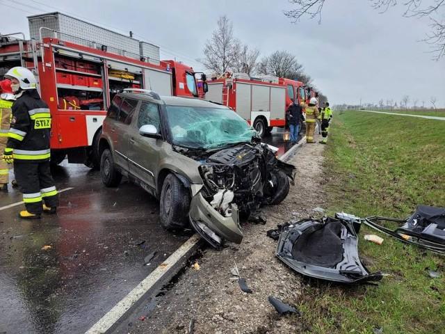 Do groźnego wypadku doszło na drodze 212 koło Chojnic.