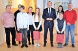 Medalowi karatecy z Klubu Jaguar byli gośćmi burmistrza Świebodzina - Tomasza Sielickiego [ZDJĘCIA]