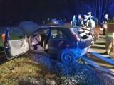 Wypadek na obwodnicy Osowca. Dwa samochody zderzyły się w rejonie Kolanowic na krajowej 45. Ranna młoda kobieta