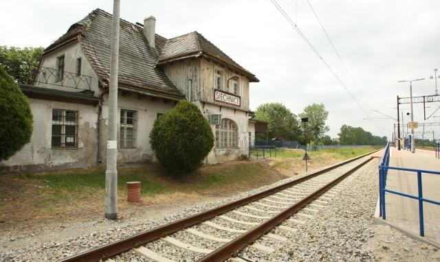 Linia kolejowa biegnąca przez Siechnice
