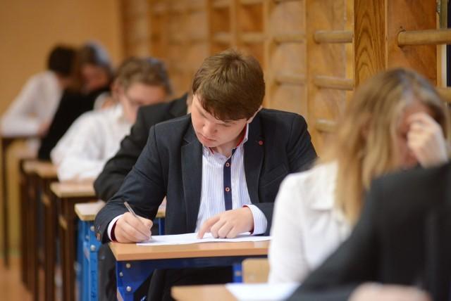 Egzamin gimnazjalny 2014: Angielski i niemiecki [ARKUSZE, ODPOWIEDZI]