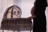 11 mitów na temat ciąży. Obalamy fałszywe tezy dotyczące zakazów i nakazów dla ciężarnych oraz  płci dziecka w brzuchu mamy