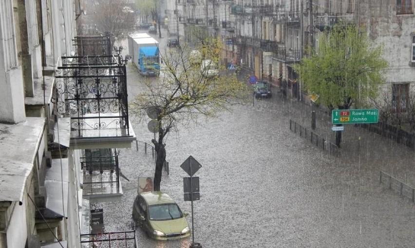 Znów centrum Brzezin zostało podtopione po ulewnym deszczu