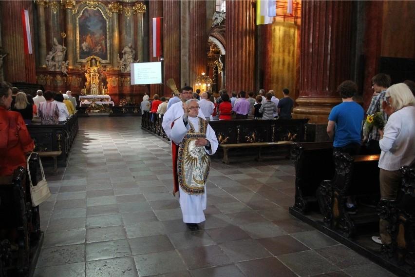 Ale 15 sierpnia to także kościelne święto Wniebowzięcia...