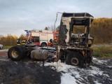 Wronowice. Strażacy gasili pożar ciągnika siodłowego, którym kierował obywatel Rosji [ZDJĘCIA]