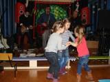 Mysłowice: Koncert w Przedszkolu nr 5. Muzycy sceny alternatywnej zagrali dla placówki [ZDJĘCIA]