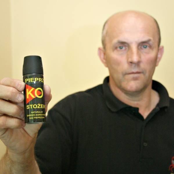 - Ochrona miała prawo użyć takiego środka. Skutki użycia tego rodzaju gazu mijają bardzo szybko - zapewnia Zbigniew Owczarek, właściciel agencji Skorpion.