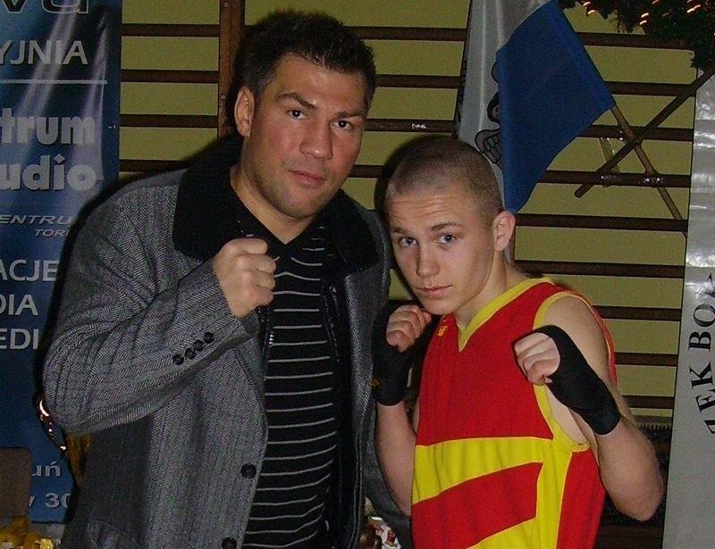 Przemek Runowski razem z Dariuszem Michalczewskim.