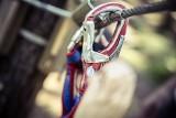 Dramat na obozie harcerskim. 14-latka spadła z wysokości podczas zjazdu na linie