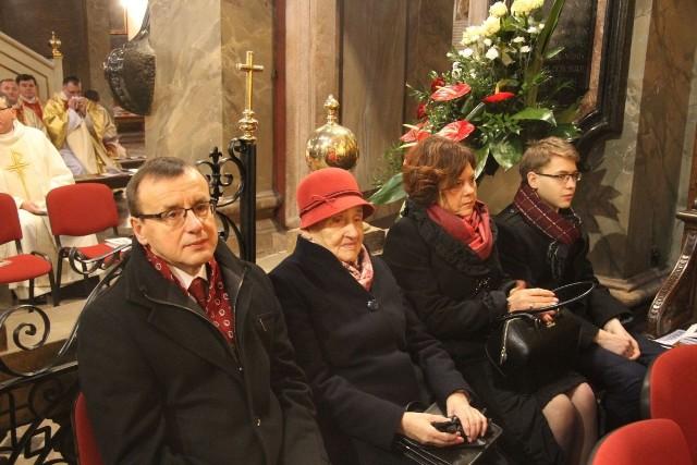 Dla bliskich biskupa Andrzeja Kalety to również było ogromne przeżycie. Od lewej brat - Ryszard Kaleta, mama Maria, żona brata - Krystyna.