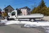 Wypadek w Dobrej. Dwa samochody dostawcze zderzyły się pod Krapkowicami