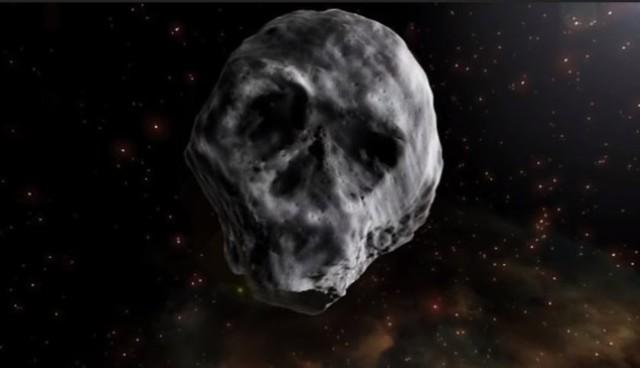 """""""Trupia czaszka"""" - tak fani asteroidy TB145 określają kosmiczną skałę, która zbliży się do ziemi 11.11.18 r."""