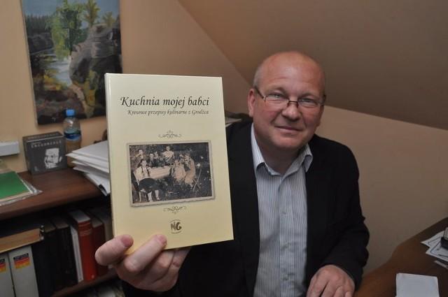 Krzysztof Kleszcz zebrał przepisy m.in. od swojej mamy i znajomych.