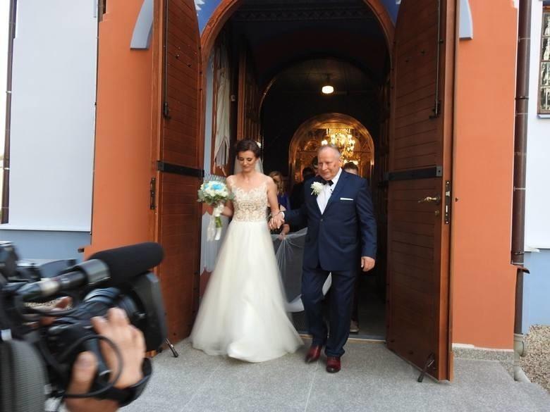Ślub Mikołaja Korola i Marty Wakuluk. Rolnik znalazł żonę. Wkrótce druga rocznica ślubu!