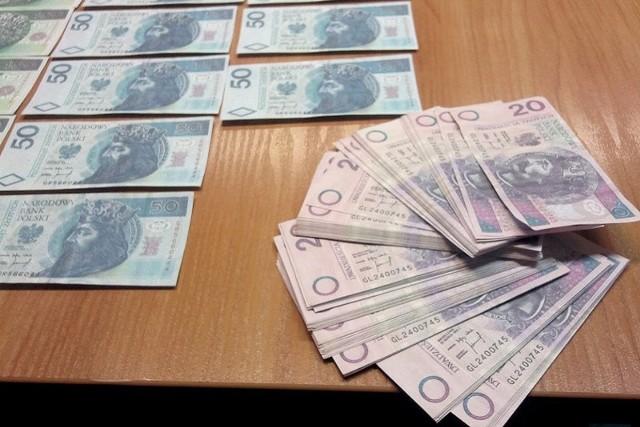 Policjanci znaleźli fałszywki
