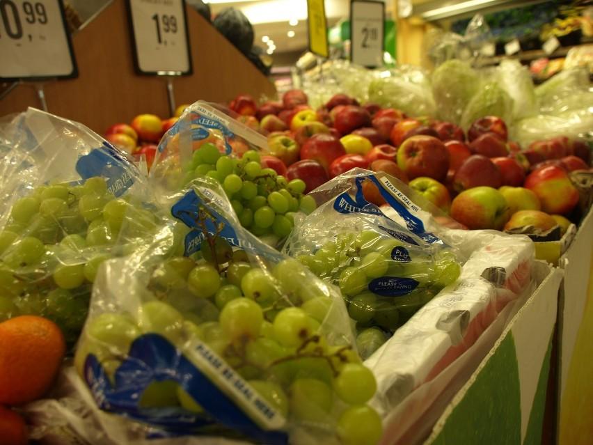 Promocje w Koszalinie. Idziemy po dobre okazjeProponujemy zwrócić uwagę na owoce i warzywa.